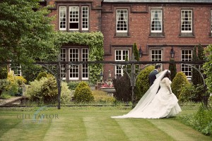 Nunsmere_Hall_Wedding_Photography012